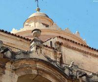 Locandina: Edifici dei Gesuiti nel mondo antico e moderno