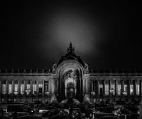 "Locandina: Officine Fotografiche presenta ""Dark Cities: Paris"""