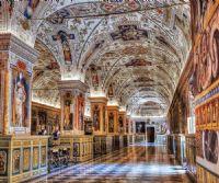 Locandina: Musei Vaticani: aperture straordianrie notturne