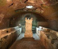 Locandina: Archeologi per gioco nei Sotterranei e nel Mitreo di San Clemente