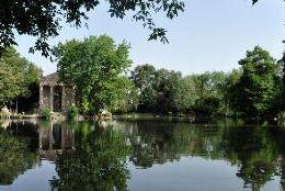 Locandina: Villa Pamphili, Celimontana, Torlonia, Villa Borghese, Semenzaio di San Sisto, Parco Martiri di Forte Bravetta
