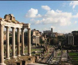 Locandina: Una suggestiva passeggiata dal Campidoglio alla Colonna di Traiano