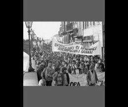 Locandina: Abbasso la guerra!