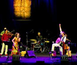 Locandina: Folkpolitik: i canti di libertà del Mediterraneo