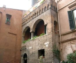 Locandina: Trastevere medievale: case, torri e dimore signorili