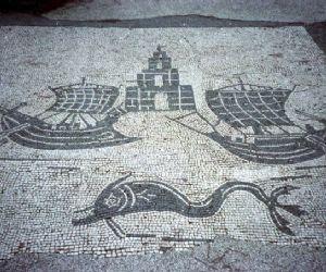 ... delle antiche città romane, In città, visite guidate a Roma  Oggi