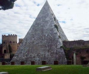 Locandina evento: Piramide Cestia