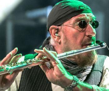 Locandina: Ian Anderson presents JETHRO TULL 50th Anniversary Tour