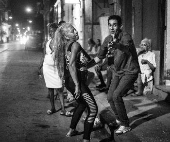 Libri - Ridere e combattere per le strade di Cuba