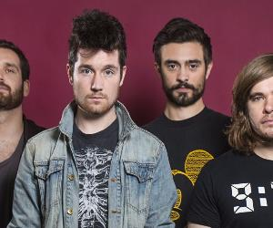 Presentano il loro ultimo album Wild World