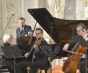 Locandina: I Concerti al Quirinale nella Cappella Paolina 2016