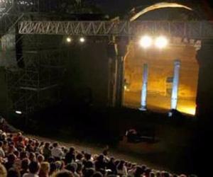 Concerti con gli artisti più significativi della musica italiana, classica, jazz, cantautorale, popolare