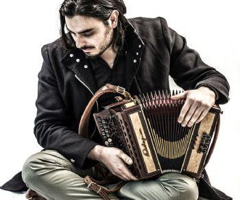 Festival - Festival Popolare italiano - Canti e corde, mantici e ottoni