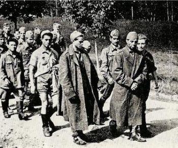 Locandina: Vite di IMI. Percorsi dal fronte di guerra ai lager tedeschi 1943-1945