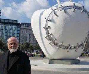 Locandina: La Mela Reintegrata