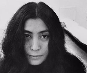 Locandina: Yoko Ono e Claire Tabouret. One day I broke a mirror