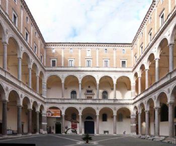 Visite guidate: Il Palazzo della Cancelleria e i suoi sotterranei