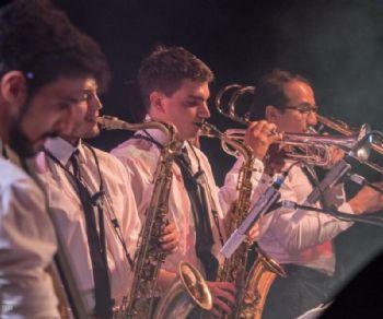 Concerti: Gomb Jazz Band & Chiara Viola in concerto