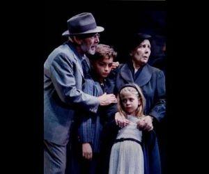 Gabriele Lavia dirige ed interpreta l'opera di Pirandello