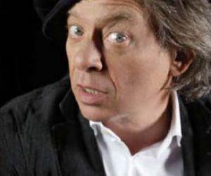 Spettacoli - Il Mistero Buffo in versione pop 2.0 con Paolo Rossi al Teatro Vittoria
