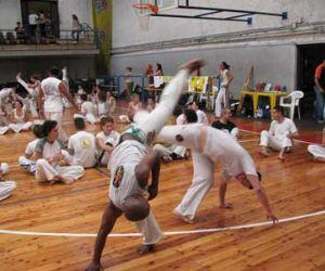Altri eventi - Roma: la fantastica capoeira di scena al Palaurelio.