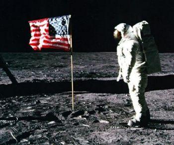 Serate - Serate-evento dedicate allo sbarco sulla Luna e al Cinema Italiano