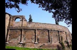 Visite guidate - L'anfiteatro Castrense e l'Area archeologica di S. Croce in Gerusalemme - apertura straordinaria
