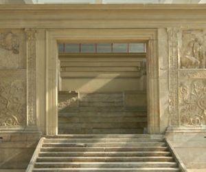 Visite guidate: La celebrazione della dinastia Giulio-Claudia: il Museo dell'Ara Pacis