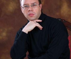 Concerti: I lunedì musicali al Pontificio - Il pianista Olaf John Laneri per Chopin, Liszt e Brahms