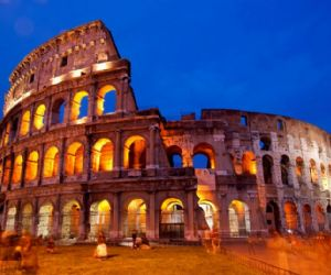 Visite guidate - Passeggiata lungo via dei Fori Imperiali dal Colosseo al Campidoglio
