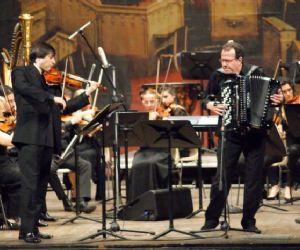 Concerti: Il fisarmonicista Richard Galliano all'Aula Magna della Sapienza per la IUC