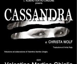 Spettacoli - L'Albero Teatro Canzone presenta Valentina Martino Ghiglia in scena con lo spettacolo Cassandra, tratto dal testo di Christa Wolf