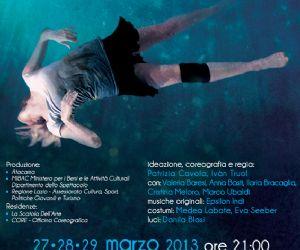 """Spettacoli: """"Galleggio, Annego, Galleggio"""" debutta in prima nazionale a Roma il 27 marzo 2013, con repliche il 28 e 29 marzo 2013 presso il Teatro Vascello di Roma"""