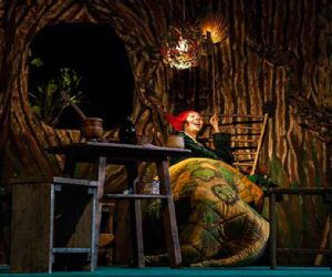 Spettacoli: L'Accademia Perduta Romagna Teatri di Ravenna