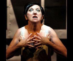 Spettacoli - La Fondazione Salerno Contemporanea presenta uno dramma di Annibale Ruccello