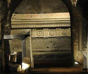 Visite guidate: Visita guidata alla scoperta del mausoleo degli Scipioni