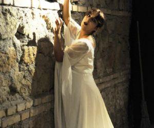 Spettacoli: Spettacolo tratto dal dramma di William Shakespeare di e con Caroline Pagani