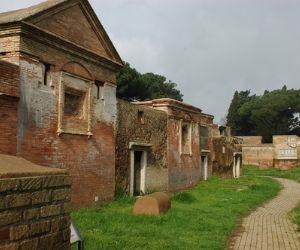 Visite guidate: Visita gratuita riservata agli over 65 residenti nella Capitale: la Necropoli del porto