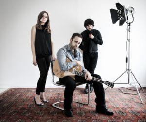 Concerti: LaMalareputazione live sul palco con i Perturbazione