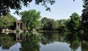 Visite guidate: Villa Pamphili, Celimontana, Torlonia, Villa Borghese, Semenzaio di San Sisto, Parco Martiri di Forte Bravetta