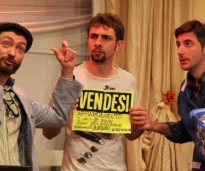 Spettacoli - Lo spettacolo nato da un'idea de I Fabbricattori con la Direzione Artistica di Enrico Brignano, è prodotto dal Progetto Lazio Inscena – Casa dello Spettacolo