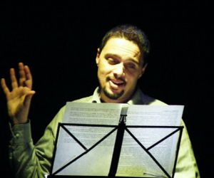 """Spettacoli - Gino Auriuso in """"La mia vita, la mia storia"""" al Teatro Tor bella Monaca"""