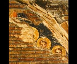 Visite guidate - Visita all'area archeologica e alla diaconia scoperte sotto la chiesa barocca