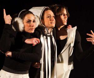 Spettacoli - Compagnia Elena Vanni