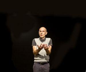 Spettacoli - Teatro Magro presenta Senza Niente/3 – L'Amministratore Senza Niente/4 – Il Regista