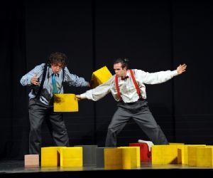 Spettacoli - Il cubo magico
