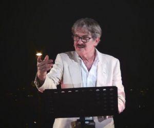 Spettacoli - Giuseppe Pambieri in L'infinito Giacomo