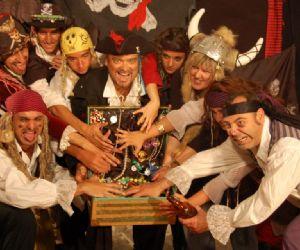 Spettacoli - I pirati sul lago di Bracciano