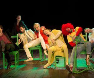 Per la prima volta in Italia arriva in scena lo spettacolo di David Foster Wallace con la compagnia BluTeatro