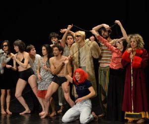 La danza contemporanea al teatro Vascello